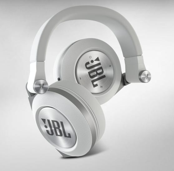 JBL Synchros E50BT Bluetooth Headphones: Who Needs Wires? [Review]