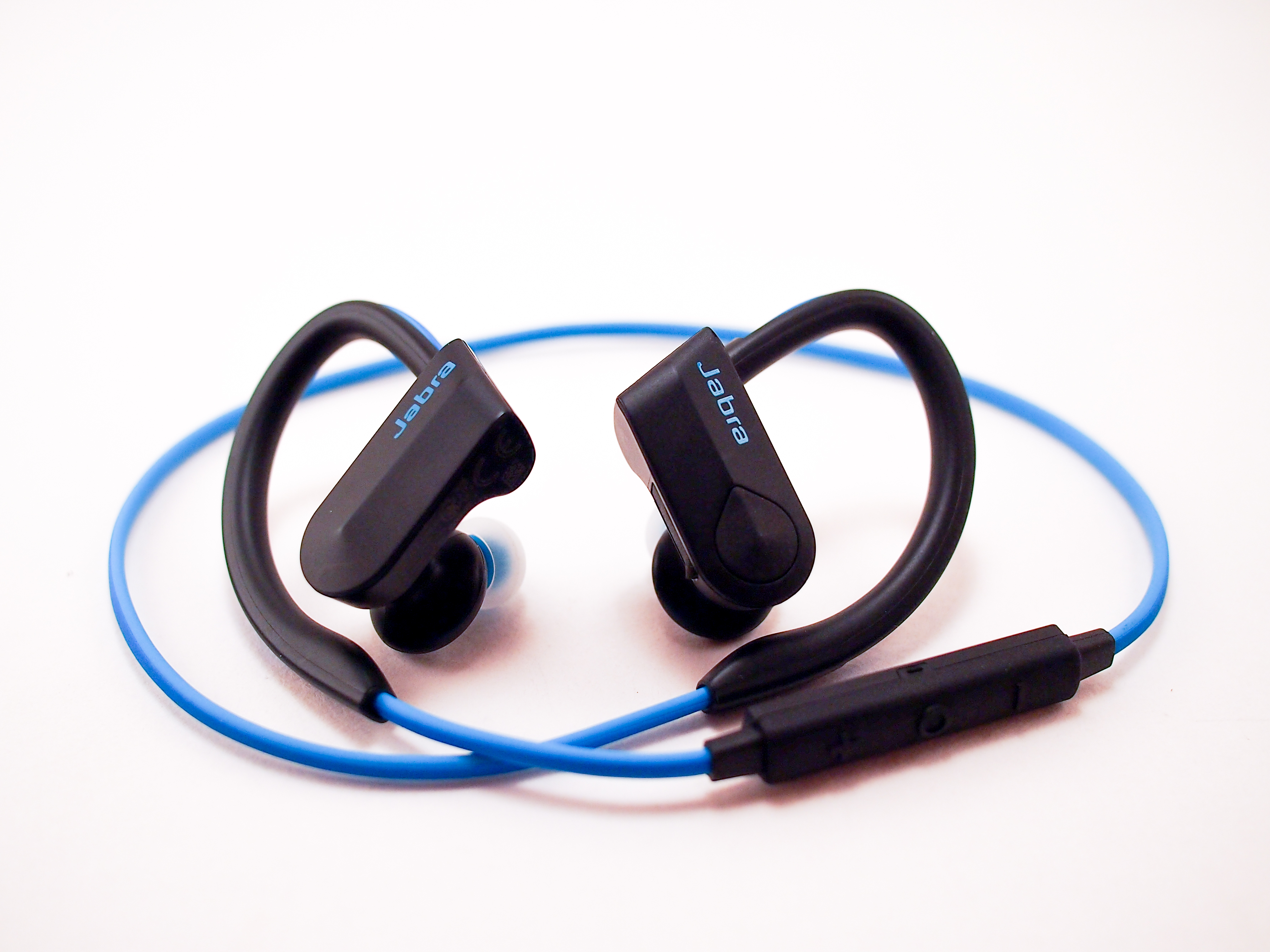 Jabra Sport Pace Wireless Earphones It S Time To Cut The Cord Review G Style Magazine
