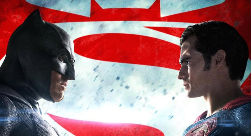 Batman v Superman : Dawn of Justice face off